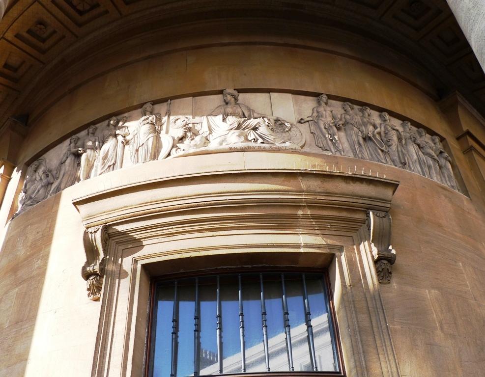 Portico frieze